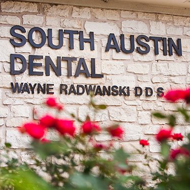South Austin Dental sign on our Austin, TX office